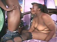 Young titty ebony gets cunt stuffed