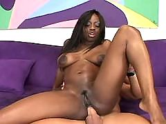 Wonderful ebony chicks pleasing guy
